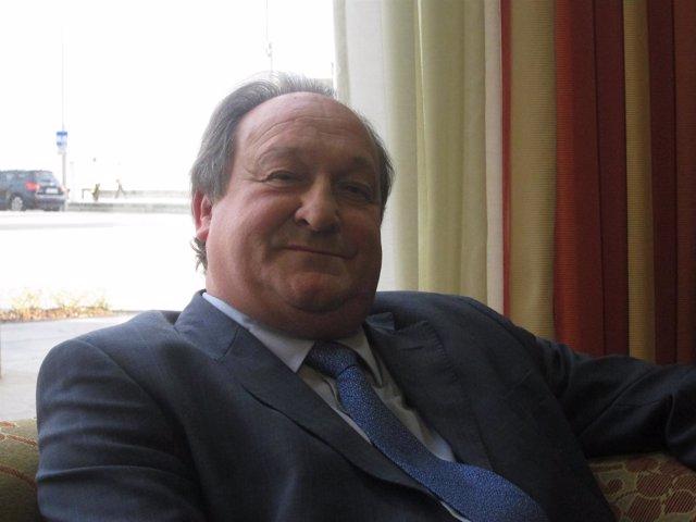 Justo Cobo, Asociación Constructores De Cantabria