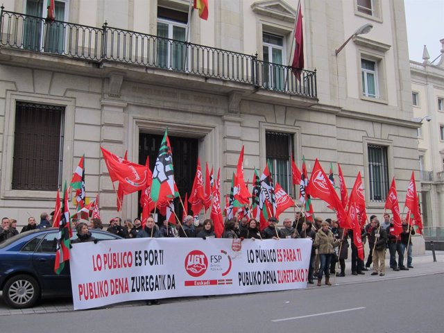Manifestación De UGT En Vitoria