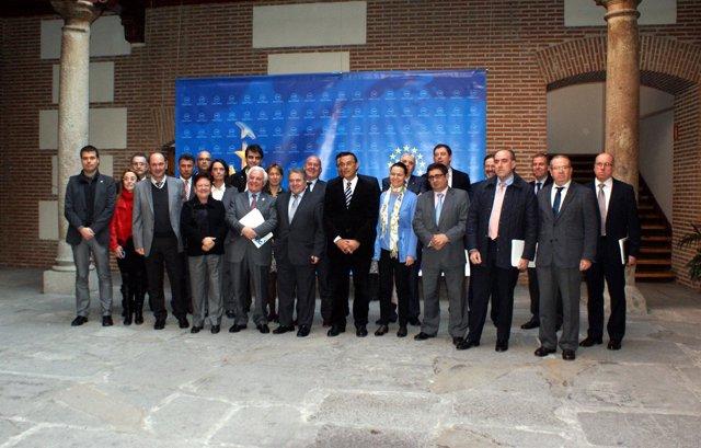 Rus Con Otros Miembros De Diputaciones, Cabildos Y Consejos Insulares