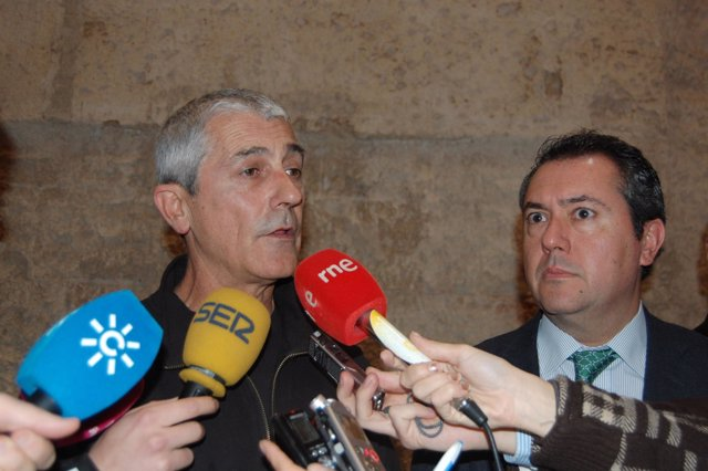 Julio Moreno, Propietario De Malandar.
