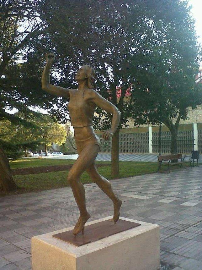 Estatua De Marta Domínguez En Palencia
