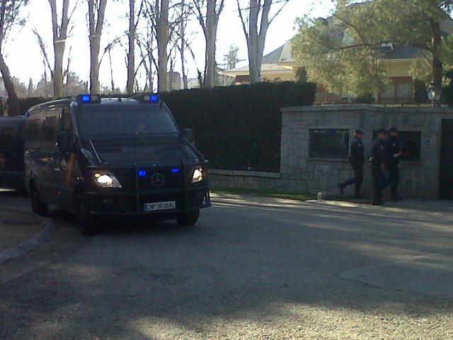 La Policía Registra Varias Fincas De Los Ruiz-Mateos