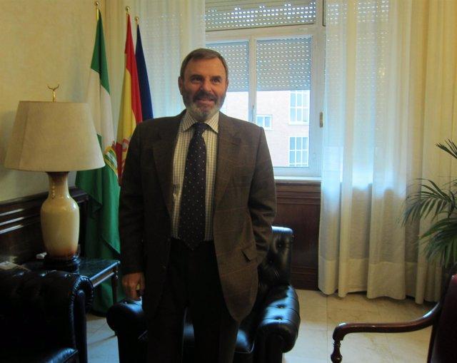 El Subdelegado Del Gobierno Central En Jaén, Juan Bautista Lillo.