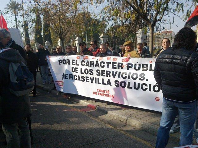 Manifestación Ante El Parlamento Andaluz