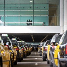 Parada de taxis en El Prat