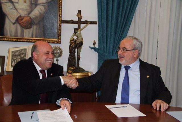 El Alcalde De Mula, José Iborra, Y El Presidente De La UCAM, José Luis Mendoza