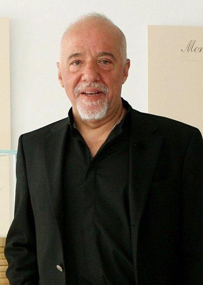Planeta lanza todo el fondo de Paulo Coelho en eBook