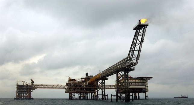 Plataforma De Petróleo En Irán