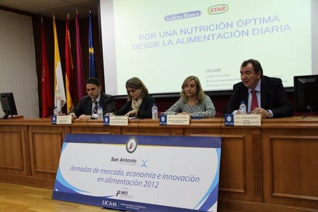Antonio Martínez, Estrella Núñez, Alicia González Y Javier Morán