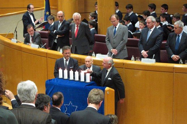Acto En Recuerdo A Las Víctimas Del Holocausto En El Senado