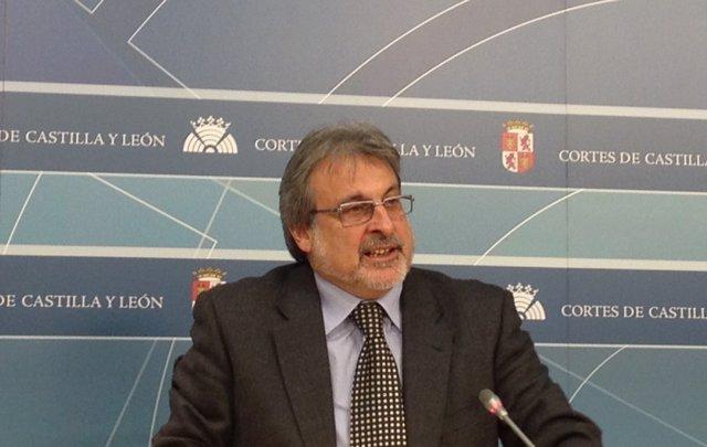 El Coordinador De IU En Castilla Y León Analiza Los Datos De La EPA