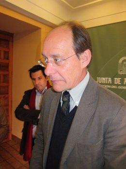 El consejero de Medio Ambiente, José Juan Díaz Trillo