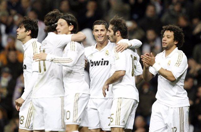 El Real Madrid Vence Al Zaragoza