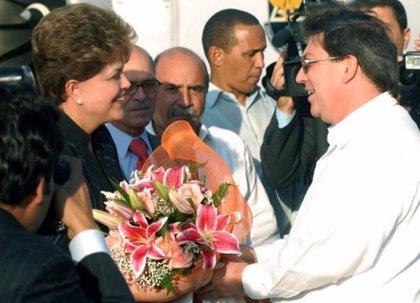 Rousseff llega a Cuba para una visita de dos días
