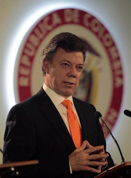 Santos ofrece recompensas millonarias por los líderes de las FARC
