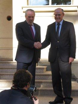 Firma Del Preacuerdo Sanitario Entre La Rioja Y El País Vasco