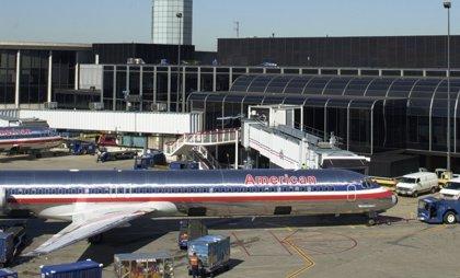 American Airlines podría recortar entre 10.000 y 15.000 puestos de trabajo, según la NBC