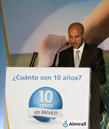 Almirall celebra su décimo aniversario en México