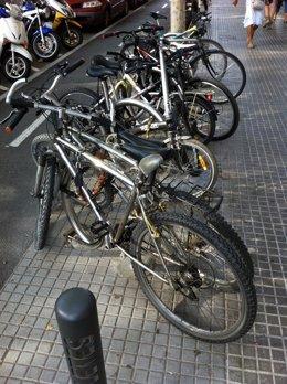 Carril Bici I Bicicletas En Sant Cugat Del Vallès, Barcelona