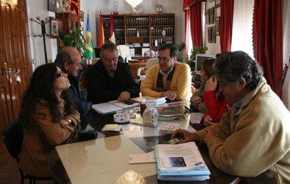 CMancha.- Jou gestionará con el SESCAM la creación de una plaza administrativa para el Consultorio de Gerindote (Toledo)