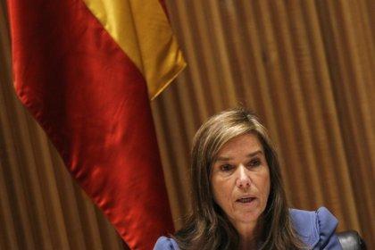 """El PSOE quiere que Mato explique en el Congreso si """"la reforma retrocede en 25 años la legislación"""""""