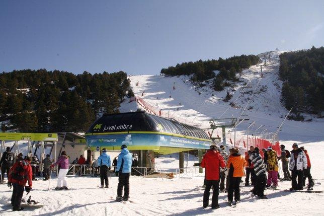 Estación De Esquí De Aramón Javalambre
