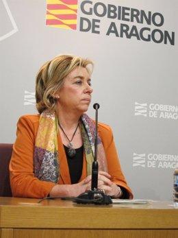Dolores Serrat, Consejera De Educación De Aragón