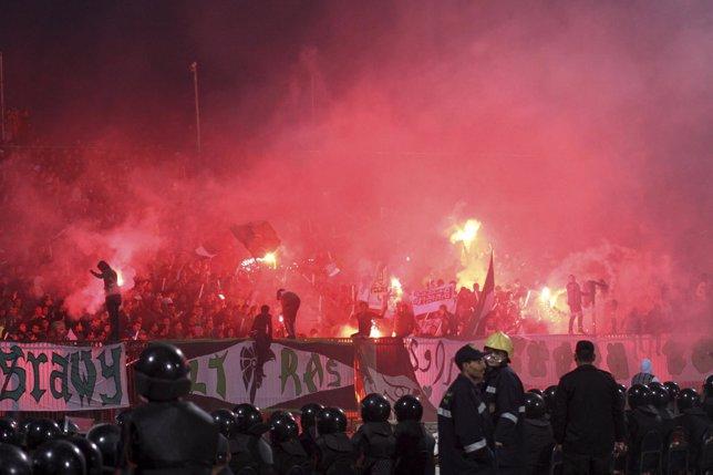 Enfrentamientos En El Estadio De La Ciudad Egipcia De Port Said