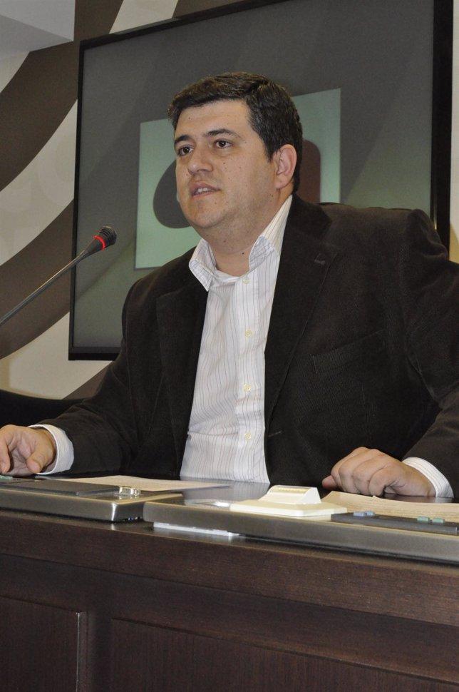 El Diputado De CHA, Joaquín Palacín, En La Rueda De Prensa De Hoy