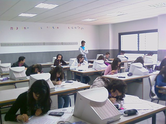 Instituto-Colegio-clase