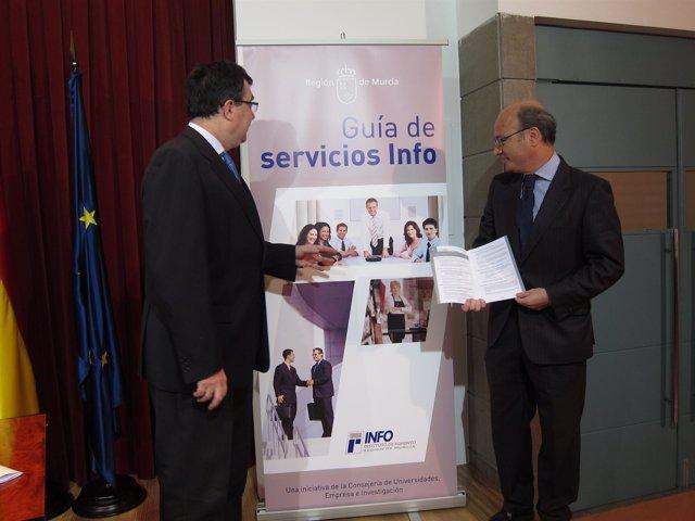 Consejero José  Ballesta Y Director Del Info, Juan Hernández