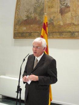 El Conseller De Cultura, Ferran Mascarell