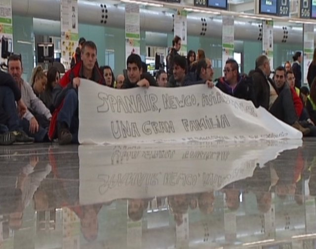 Trabajadores de Newco protestan en El Prat