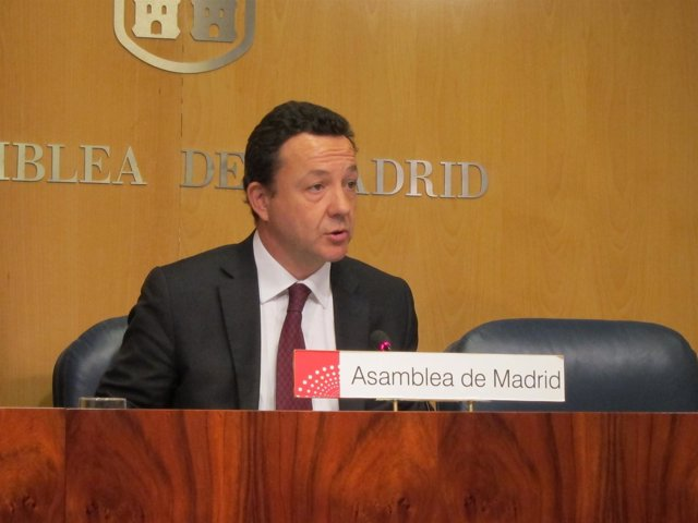 Íñigo Henríquez De Luna En La Asamblea De Madrid