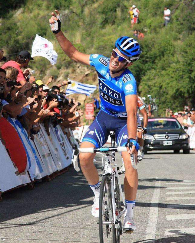 Alberto Contador Celebra La Segunda Victoria En El Tour De San Luis