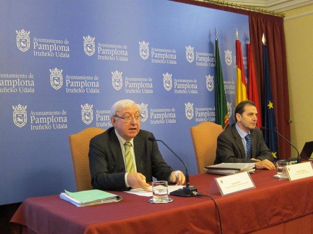 Ignacio Polo Y Patxi Fernández En Rueda De Prensa En El Ayuntamiento.