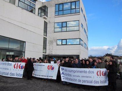 """Trabajadores de PAC se concentra para pedir al Sergas una """"interpretación correcta"""" de cómputo de jornada"""