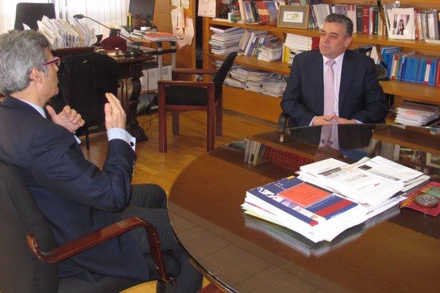 Martínez Moya Y Cirilio