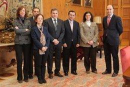 Convenio Entre La UN Y El Consejo Escolar De Navarra.