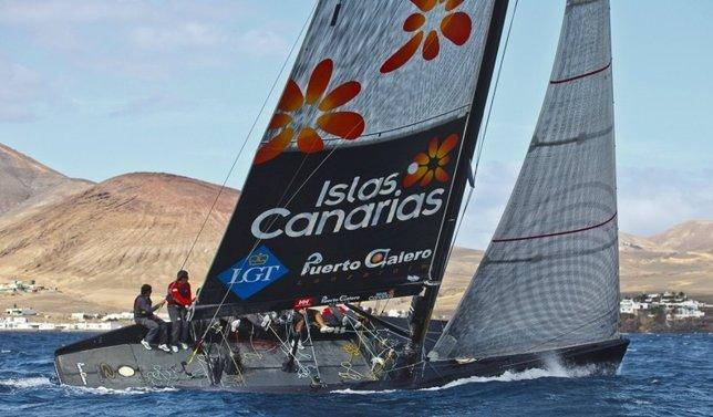 El Islas Canarias Puerto Calero Entrenando Esta Mañana En Aguas De Lanzarote