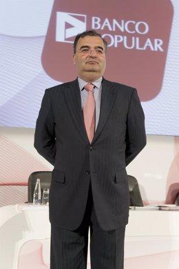 Presidente de Banco Popular, Angel Ron, en la junta de accionistas de 2011
