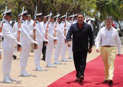 Chávez y Santos conversan de cara a la cumbre de seguridad