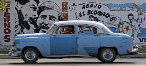 Mural Contra El Bloqueo En Cuba