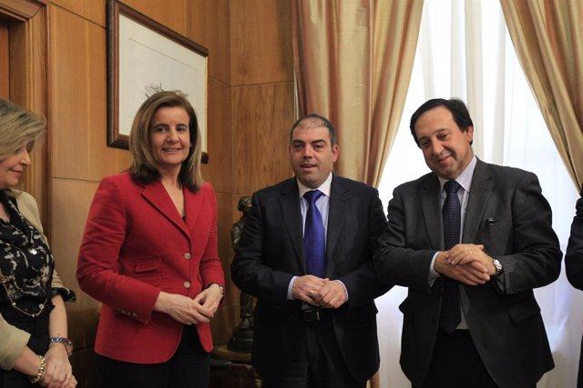 El Presidente De ATA, Lorenzo Amor, Junto Con El Secretario General De UPTA, Seb