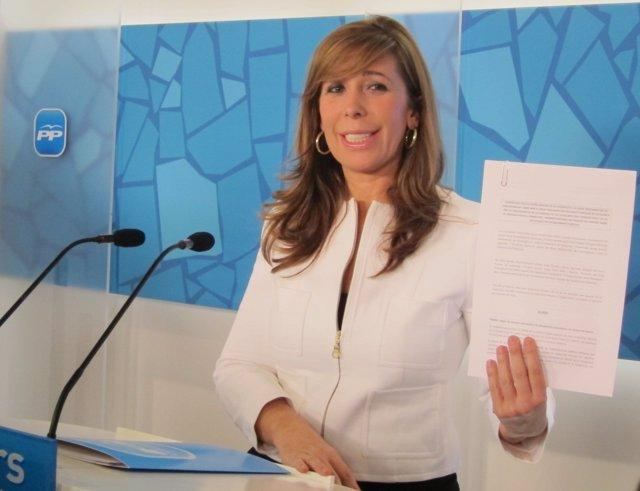 Alicia Sánchez-Camacho Muestra El Acuerdo Presupuestario Entre Ciu Y PP