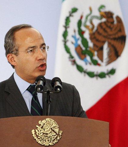 Calderón insta a su sucesor al frente de la Presidencia que prosiga la lucha contra el crimen organizado