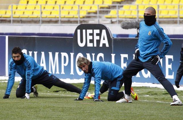 El Real Madrid Entrenando En El Luzhniki