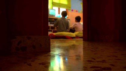 Mostrar bebidas alcohólicas en las películas influencia a los menores