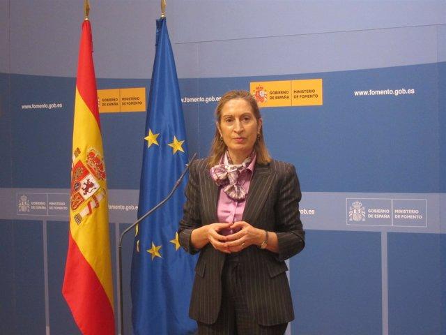 Ana Pastor, Ministra De Fomento