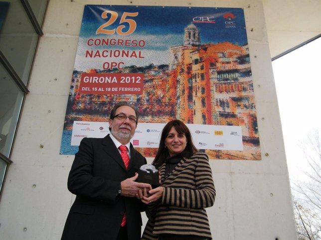El Presidente De Tuhuesca Y La Vicepresidenta De OPC En Aragón